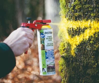 Farby w sprayu do znakowania drzew i drewna
