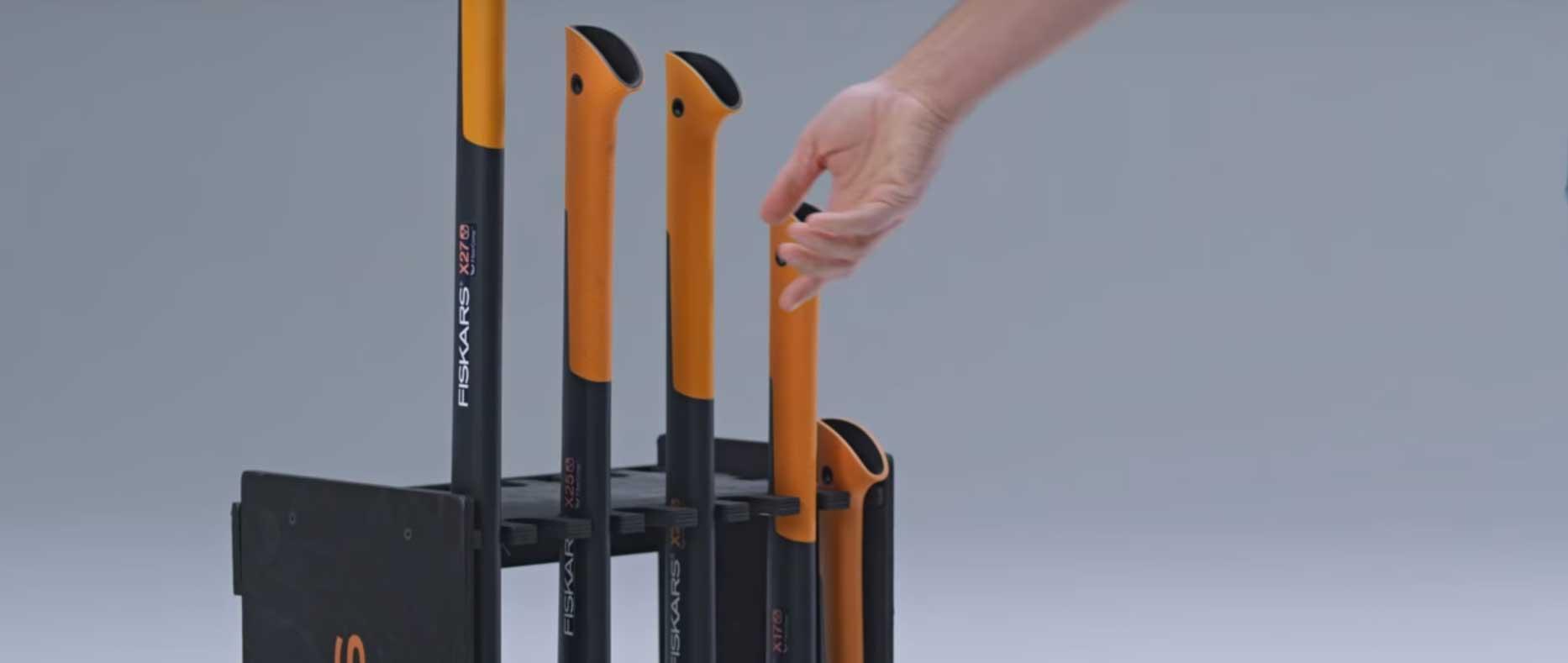 Jak wybrać odpowiedni rozmiar siekiery do łupania drewna?