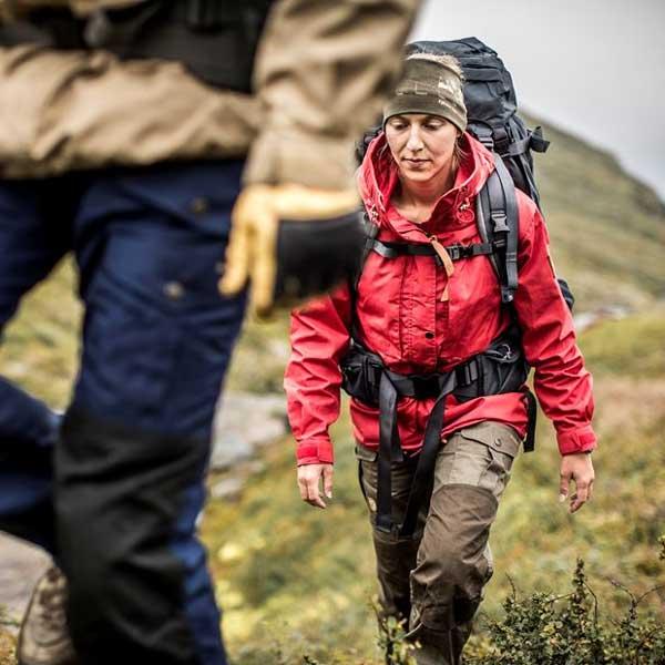 Sprzęt outdoorowy - spodnie trekkingowe - jak dobrać odpowiednie spodnie trekkingowe